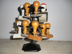 Lot containing stamps with rack