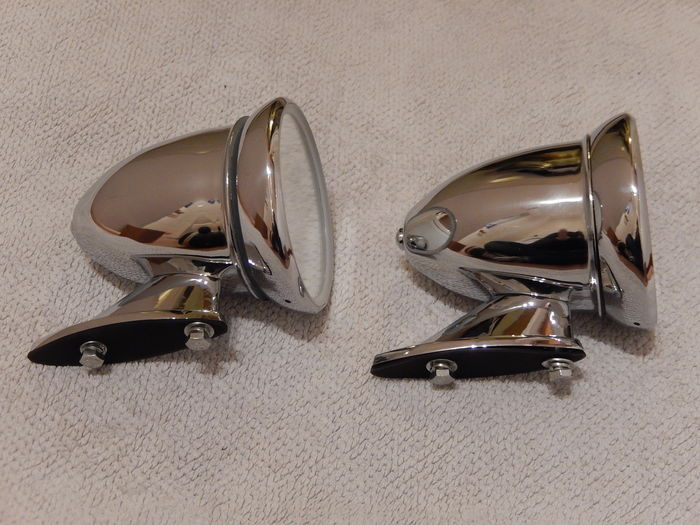 very nice pair of chrome bullet style classic car wing mirrors in excellent condition catawiki. Black Bedroom Furniture Sets. Home Design Ideas