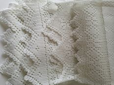 Lot of 4 towels-Italy-handmade Lace-embroidery-