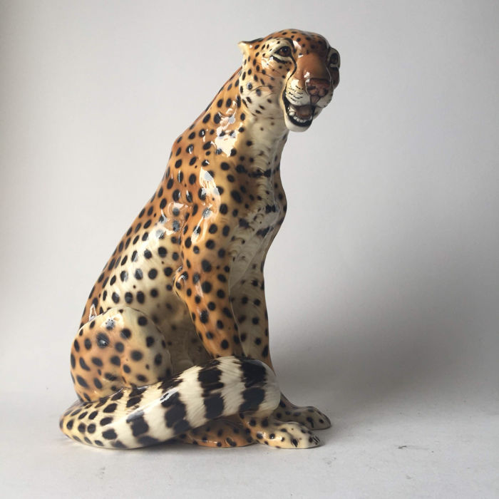 Beautiful vintage italian ceramic cheetah statue 70 39 s italy catawiki - Cheetah statues ...