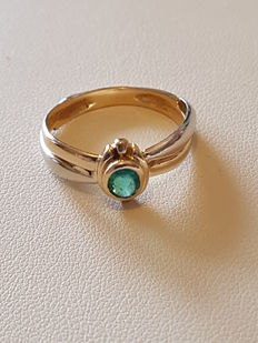 Two-Gold Ring with Emerald of 0.20 ct.