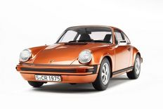 GT-Spirit - Scale 1/18 - Porsche 911 Carrera 2.7 1974 - Colour Gold-orange Metallic