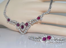 Set: Necklace + Bracelet + Ring set with 8 Rubellites of 5 ct and 145 Diamonds of about 7.5 ct