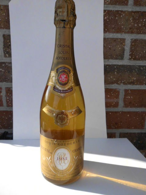 1981 louis roederer cristal brut millesime 1 bottle catawiki. Black Bedroom Furniture Sets. Home Design Ideas