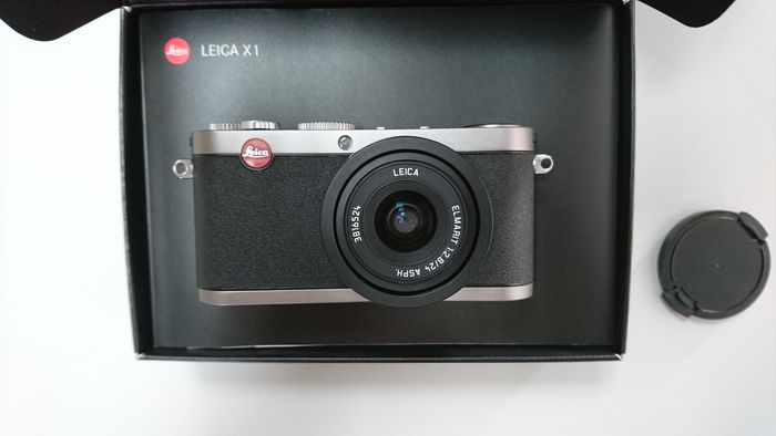 leica x1 with accessories catawiki rh auction catawiki com The Original Leica Original Leica 1