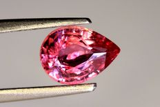Padparadscha Sapphire – 0.85 ct – No Reserve Price