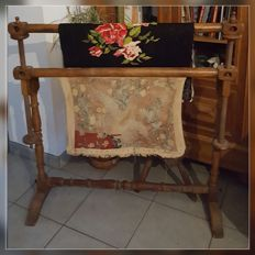 Loom embroidery or tapestry in walnut wood