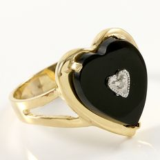 Estate 14kt Yellow Gold Ring  Set with Diamond and Onyx