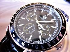 LIP – Men's chronograph with  tachymeter – 2013 – LIP1002