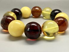 Bracelet of Baltic amber beads 20 mm in diameter, 54.5 grams