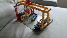 Trains 9V - 4555 - Cargo Station