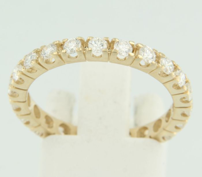 14 kt yellow gold full eternity ring, classic model, set with 22 brilliant cut diamonds - ring size 17.5 (55)