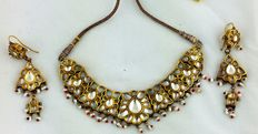 Antique Indian set of necklace and earrings - 24 kt gold - early 1900s