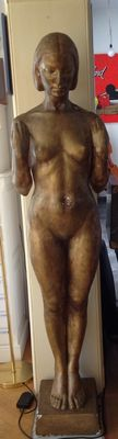 Art Deco sculpture of nude woman.