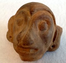 Pre-Columbian pottery head of a monkey - Ecuador - 7 cm