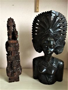 2 Wooden Indonesian statues