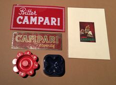 Campari-lot with 2 metal signs, 2 ashtrays and original cover 1934