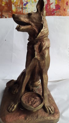 Animal sculpture in gilded bronze of a wolfhound - signed Faure - France - at the beginning of 20 century