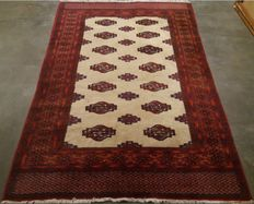 Beautiful hand-knotted Oriental carpet, 186-130 cm, 20th century
