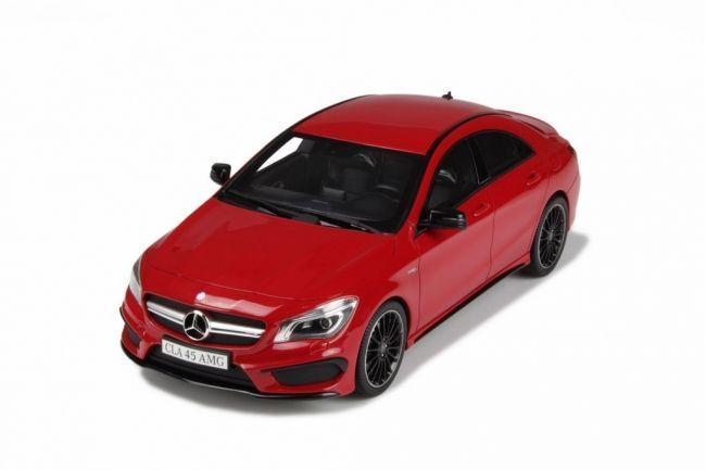 GT-Spirit - Scale 1/18 - Mercedes-Benz CLA 45 AMG 2013 - Limited 750 pieces - Colour Red