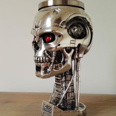 Terminator 2 - Judgement Day - 20th anniversary item - Head Goblet - T-800 - height 20 cm