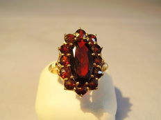 Victorian gold ring with large faceted garnet + pink grenade