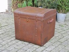 Antique travel chest trunk blanket chest ship chest
