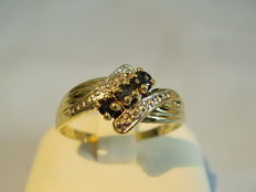 Gold ring with blue sapphires 0.225ct and diamonds 0.02ct