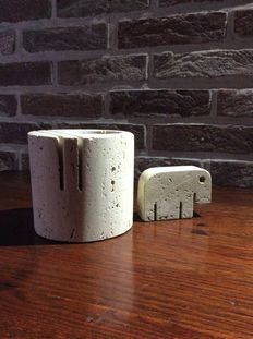 Fratelli Mannelli – desk accessories in travertine