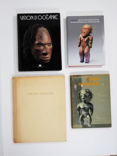 Lot with 4 books about the art of Oceania