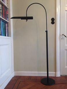 Unknown designer – Floor lamp with extendable arm