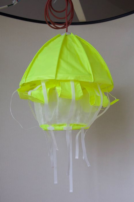 Droog Design U2013 Ceiling Light In The Shape Of A Parachute/jelly Fish