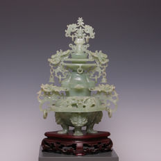 Beautiful large heavy incense burner of carved stone, serpentine - China - mid 20th century