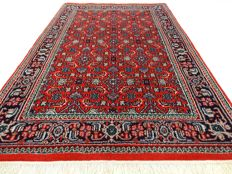 "Indo Bidjar - Herati - 150 x 97 cm - ""Rug in red - virtually as new, mint condition"""