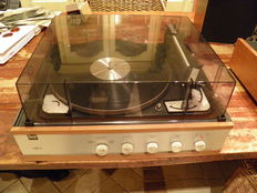 Very nice vintage 1968 combination Dual HS 11F amplifier/Dual 1010 record player