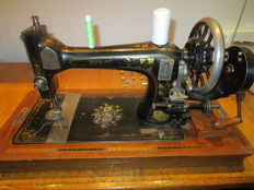 Very old Naumann sewing machine - Germany - 1930