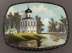 Russian lacquered painted with a house/landscape