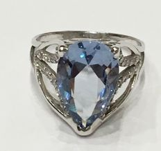 Silver ring set with Sky Topaz 7.76 carat.