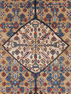 Antique, Sarab carpet from Iran,  123 x 88 cm.