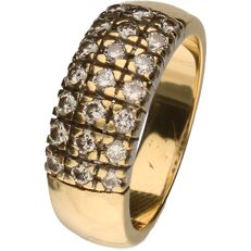Yellow gold ring set with 21,  brilliant cut diamonds of 0.02 ct each. In total 0.42 ct.