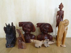 Collection of 7 woodcarvings – Indonesia – 1950–1980