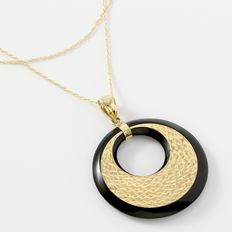 Estate 14kt Yellow Gold  Necklace with Onyx