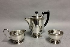 Silver plated coffee set, Viners of Sheffield, Sheffield, England, ca 1950