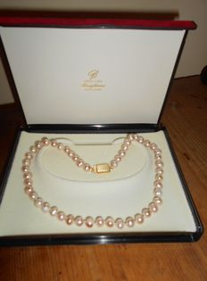 Pearl necklace dating back to circa 1945 – 800 silver clasp