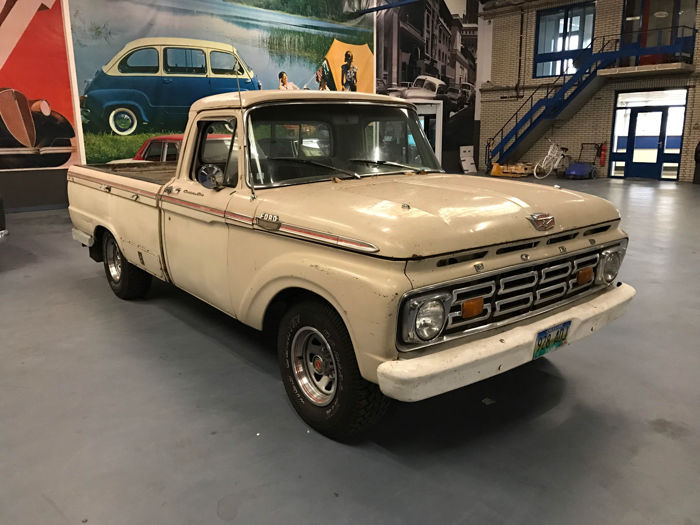 Ford F100/150 Custom Cab -1964