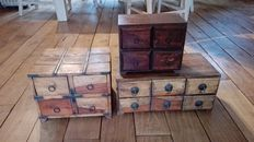 Set of 3 wooden miniature chests with drawers - India - 21th century