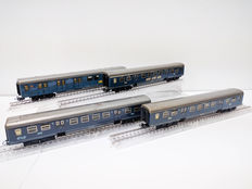 Märklin H0 - 4048/4049 - Four carriages of the NS including one postal carriage
