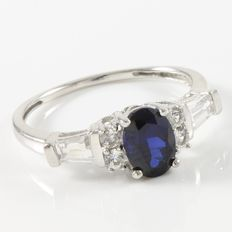 Estate 10kt White Gold Ring Set with White and Blue Sapphires