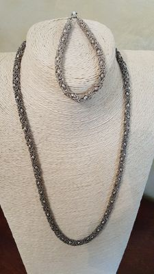 Necklace and bracelet from the 1970s/80s in 800 silver