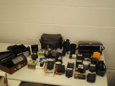 Lot of flashes, bags and accessories
